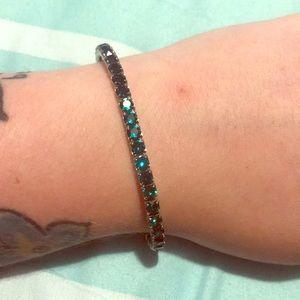 Swarovski emerald green & silver bracelet 💚